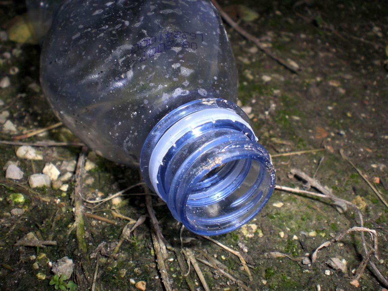 statiegeld plastic flesje afval