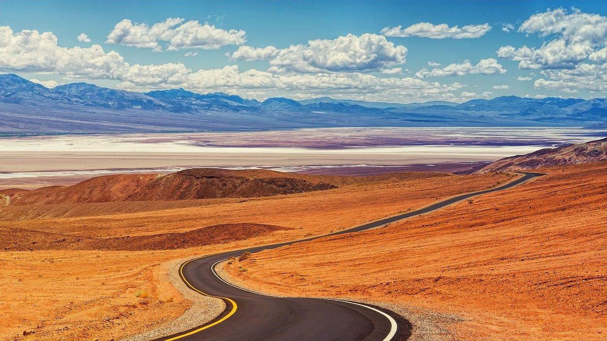 Afbeelding van Hoogste temperatuur ooit op aarde gemeten: 54.5 graad Death Valley