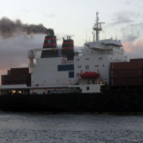 Afbeelding van Milieucommissie Europarlement: vanaf 2022 betaalt scheepvaart voor CO2-uitstoot